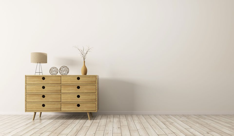 Chest of drawers delivery from London to Liverpool from £50